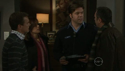 Paul Robinson, Rebecca Napier, Matt Freedman, Karl Kennedy in Neighbours Episode 5537