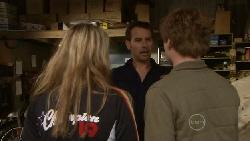 Donna Freedman, Lucas Fitzgerald, Ringo Brown in Neighbours Episode 5542