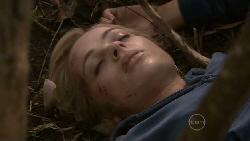 Nicola West in Neighbours Episode 5542