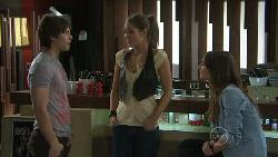 Ty Harper, Sienna Cammeniti, Rachel Kinski in Neighbours Episode 5544