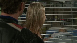 Lucas Fitzgerald, Donna Freedman, Nicola West in Neighbours Episode 5544