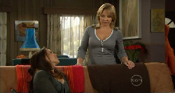 Libby Kennedy, Steph Scully in Neighbours Episode 5821