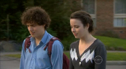 Harry Ramsay, Kate Ramsay in Neighbours Episode 5822