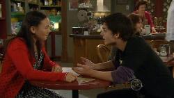 Sunny Lee, Zeke Kinski in Neighbours Episode 5823