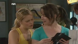 Donna Freedman, Kate Ramsay in Neighbours Episode 5833