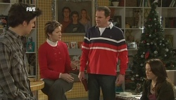 Zeke Kinski, Susan Kennedy, Karl Kennedy, Libby Kennedy in Neighbours Episode 5834