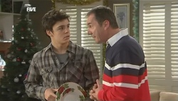 Zeke Kinski, Karl Kennedy in Neighbours Episode 5834