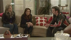 Steph Scully, Libby Kennedy, Lucas Fitzgerald in Neighbours Episode 5834
