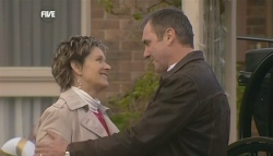 Susan Kennedy, Karl Kennedy in Neighbours Episode 5834