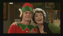 Paul Robinson, Lyn Scully in Neighbours Episode 5835