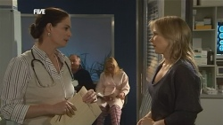 Dr. Peggy Newton, Steph Scully in Neighbours Episode 5836
