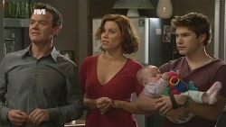 Paul Robinson, Rebecca Napier, India Napier, Declan Napier in Neighbours Episode 5837