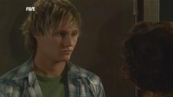 Andrew Robinson, Rebecca Napier in Neighbours Episode 5837