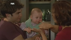 Declan Napier, India Napier, Rebecca Napier in Neighbours Episode 5838