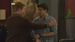 Ringo Brown, Declan Napier in Neighbours Episode 5838