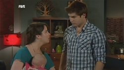 Kate Ramsay, India Napier, Declan Napier in Neighbours Episode 5838