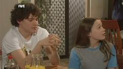 Harry Ramsay, Sophie Ramsay in Neighbours Episode 5839
