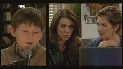 Ben Kirk, Libby Kennedy, Susan Kennedy in Neighbours Episode 5839