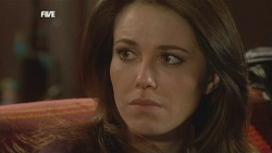 Libby Kennedy in Neighbours Episode 5839