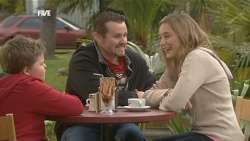 Callum Jones, Toadie Rebecchi, Sonya Mitchell in Neighbours Episode 5840
