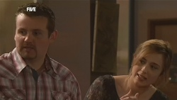 Toadie Rebecchi, Sonya Mitchell in Neighbours Episode 5840