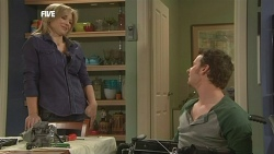 Steph Scully, Lucas Fitzgerald in Neighbours Episode 5840