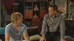 Andrew Robinson, Paul Robinson in Neighbours Episode 5842