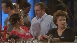 Susan Kennedy, Karl Kennedy, Lyn Scully  in Neighbours Episode 5843