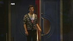 Zeke Kinski in Neighbours Episode 5843