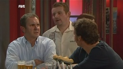 Karl Kennedy, Toadie Rebecchi, Lucas Fitzgerald  in Neighbours Episode 5843