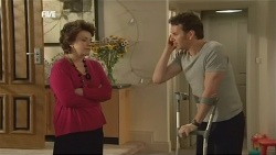 Lyn Scully, Lucas Fitzgerald in Neighbours Episode 5846