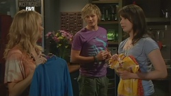 Donna Freedman, Andrew Robinson, Kate Ramsay in Neighbours Episode 5847