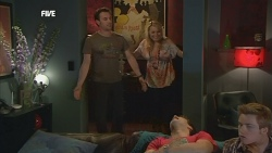 Lucas Fitzgerald, Donna Freedman, Declan Napier, Ringo Brown in Neighbours Episode 5847
