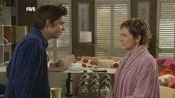 Zeke Kinski, Susan Kennedy in Neighbours Episode 5847