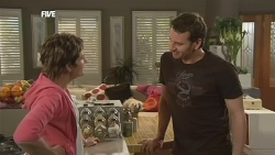 Susan Kennedy, Lucas Fitzgerald in Neighbours Episode 5847