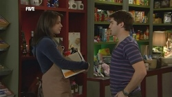 Donna Freedman, Declan Napier in Neighbours Episode 5850