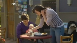 Declan Napier, India Napier, Kate Ramsay in Neighbours Episode 5851