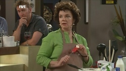 Lyn Scully in Neighbours Episode 5852