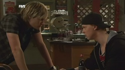Andrew Robinson, Scott 'Griffo' Griffin in Neighbours Episode 5852
