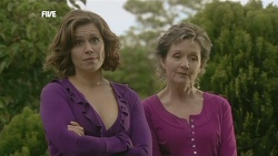 Rebecca Napier, Susan Kennedy in Neighbours Episode 5853