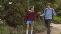 Sophie Ramsay, Harry Ramsay in Neighbours Episode 5854