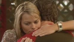 Donna Freedman, Lucas Fitzgerald in Neighbours Episode 5854