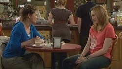 Susan Kennedy, Sonya Mitchell in Neighbours Episode 5854