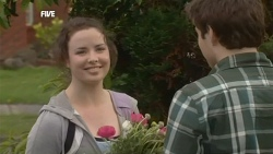 Kate Ramsay, Declan Napier in Neighbours Episode 5855