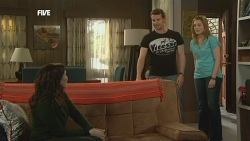 Libby Kennedy, Lucas Fitzgerald, Sonya Mitchell in Neighbours Episode 5855