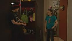 Harry Ramsay, Sophie Ramsay in Neighbours Episode 5856