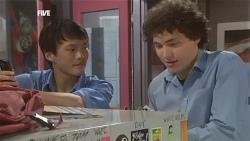 Macca, Harry Ramsay in Neighbours Episode 5856