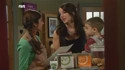 Jumilla Chandra, Candace Carey in Neighbours Episode 5857