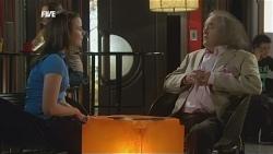 Kate Ramsay, Terry Kearney in Neighbours Episode 5857