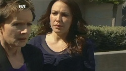 Susan Kennedy, Libby Kennedy in Neighbours Episode 5857